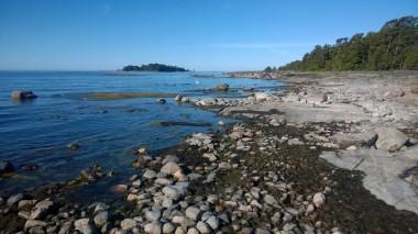 Gåsgrundetin rantakallioita. Kuva: Vesa Gran / Visit Espoo